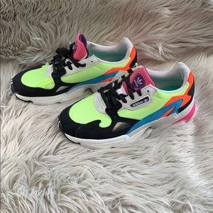 New Women's adidas Falcon sneakers